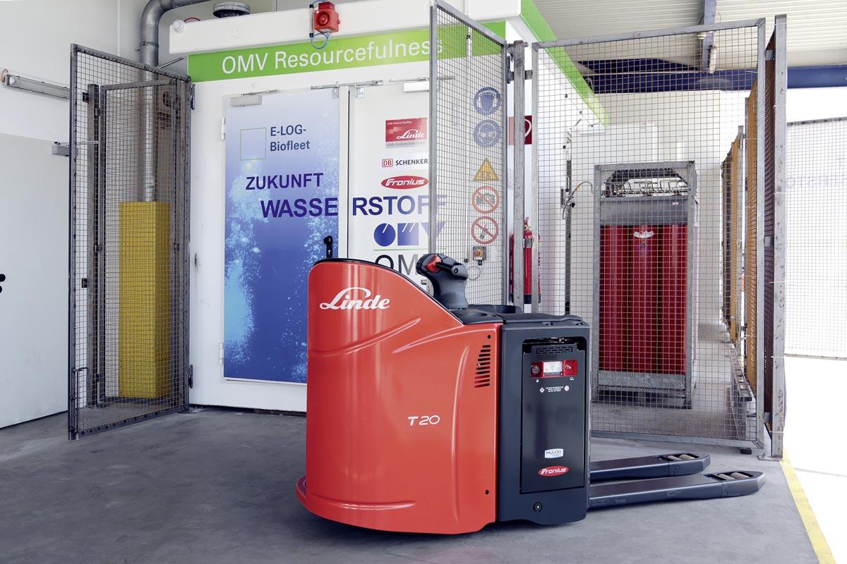 E-LOG-BioFleet-Fahrzeug mit Wasserstoffanlage, Foto: HyCentA Research GmbH