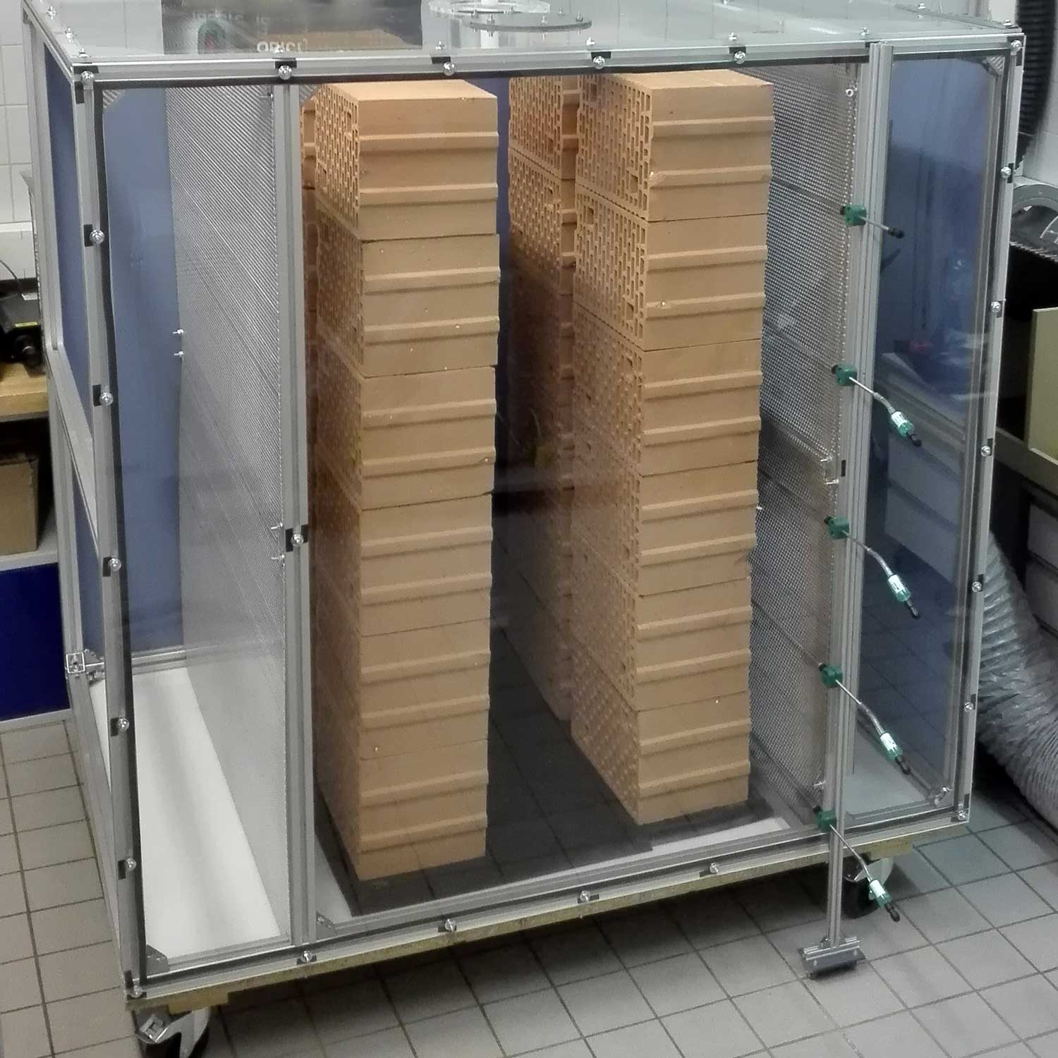 TOREtech cold test stand, photo: TU Wien (Vienna University of Technology)